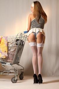 http://img254.imagevenue.com/loc107/th_999448239_tduid300163_MetArt_Entita_Alyssa_A_high_0009_123_107lo.jpg