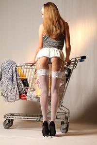 http://img254.imagevenue.com/loc175/th_999466707_tduid300163_MetArt_Entita_Alyssa_A_high_0012_123_175lo.jpg