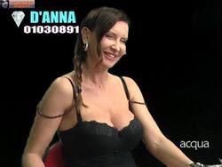[IMG]http://img254.imagevenue.com/loc499/th_517796775_tduid300077_Joanna_Golabek_anteprima_08_12_201311copia_122_499lo.jpg[/IMG]